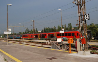 ic_lp_trains_sz
